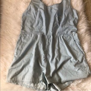 Nwot forever 21 jean romper light blue soft zipper